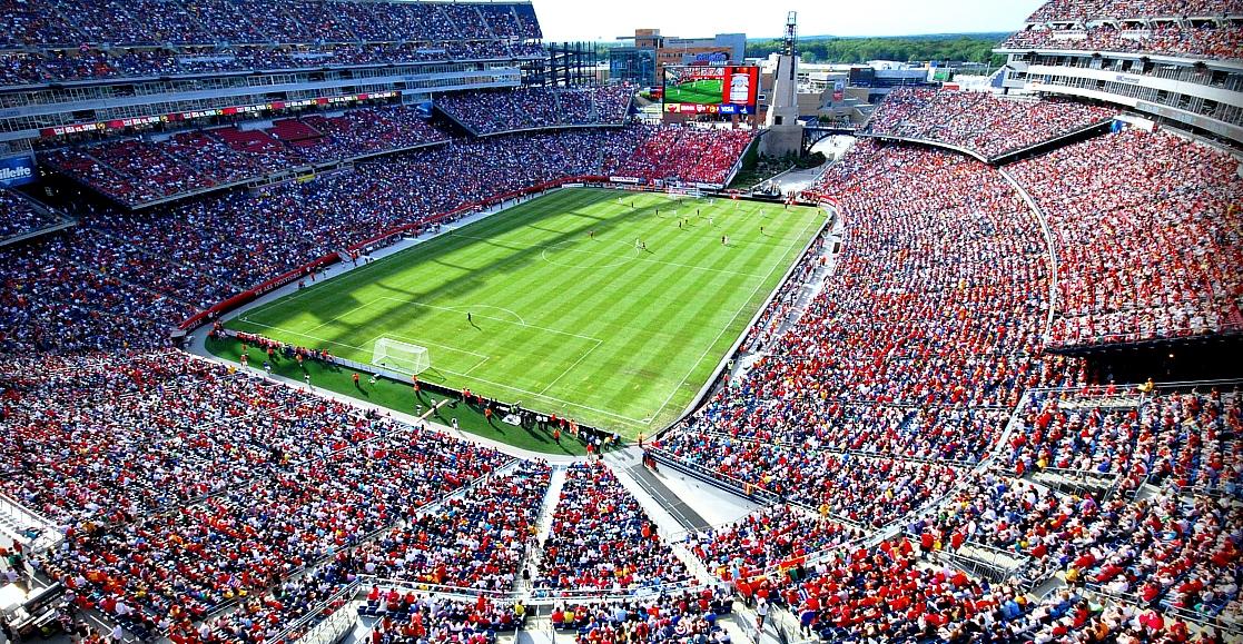 Δίπλα στο ποδόσφαιρο είναι αδύνατο να σταθεί οποιοδήποτε άλλο άθλημα